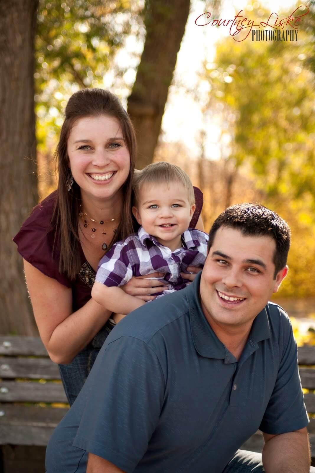 Moose Jaw Family Photographer - Favel Family - Whole Family