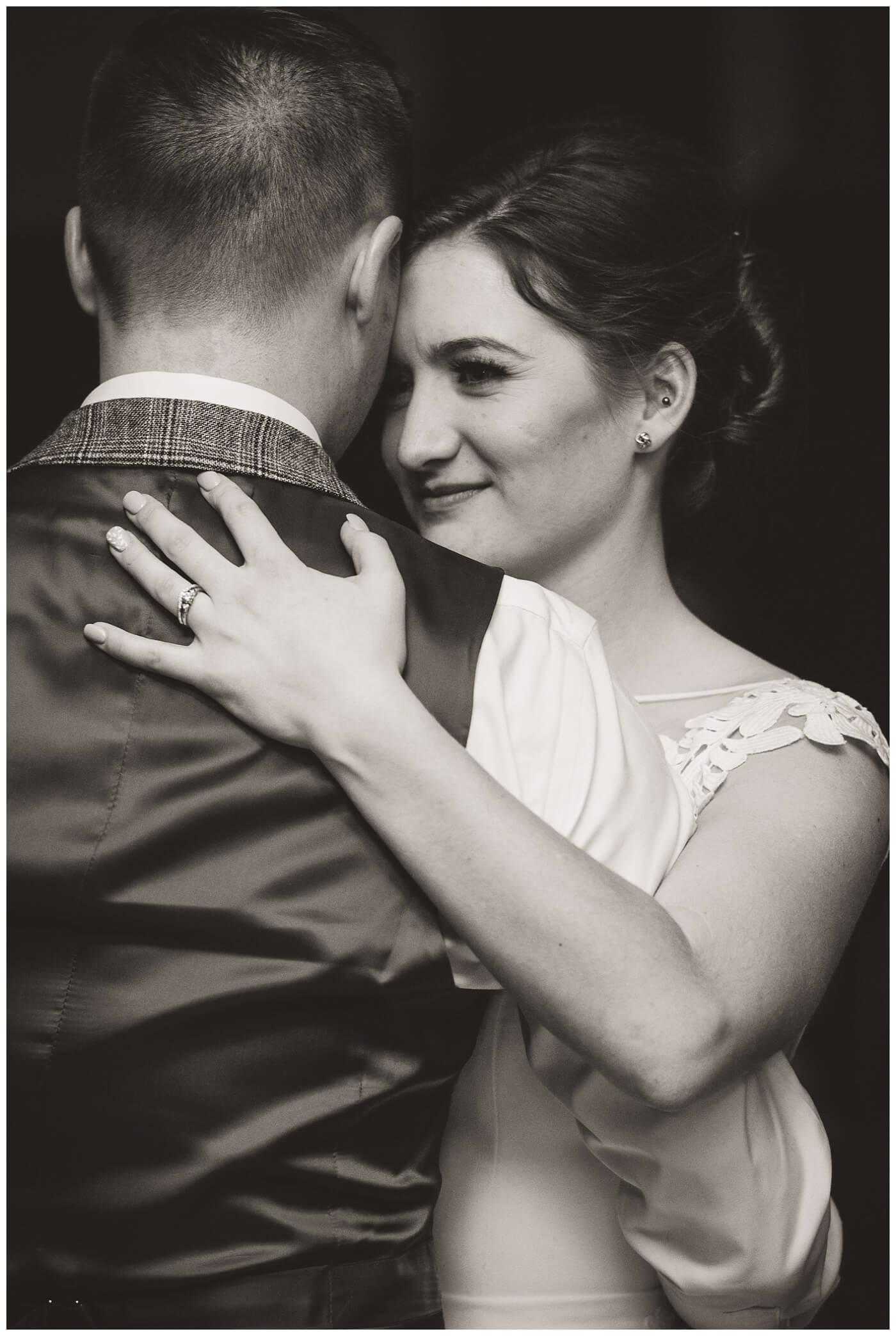 Mark & Kyra - Wedding - 21 - Kyra - Bride & Groom First Dance
