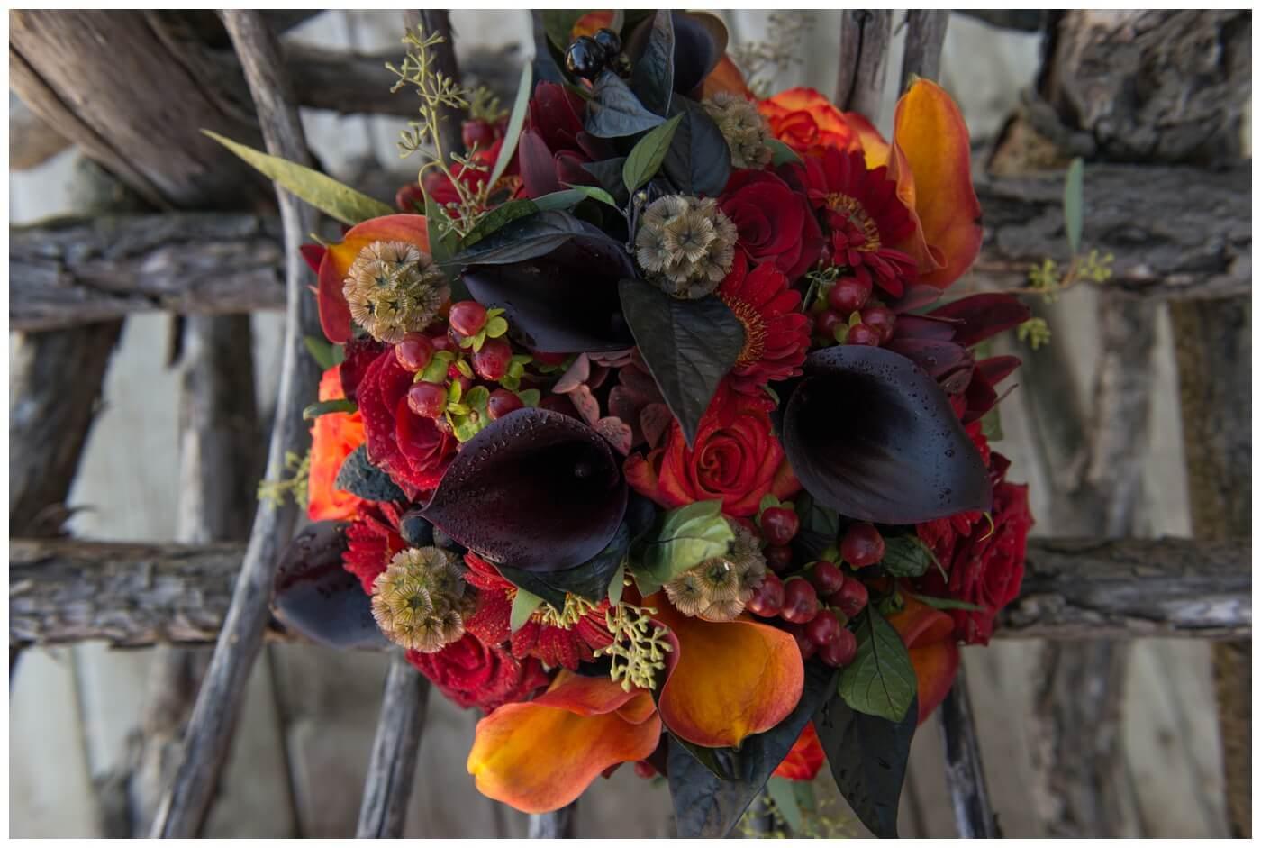 Regina Wedding Photography - Blooms by Alison - Gales Florist - Fall Wedding Floral Arrangement