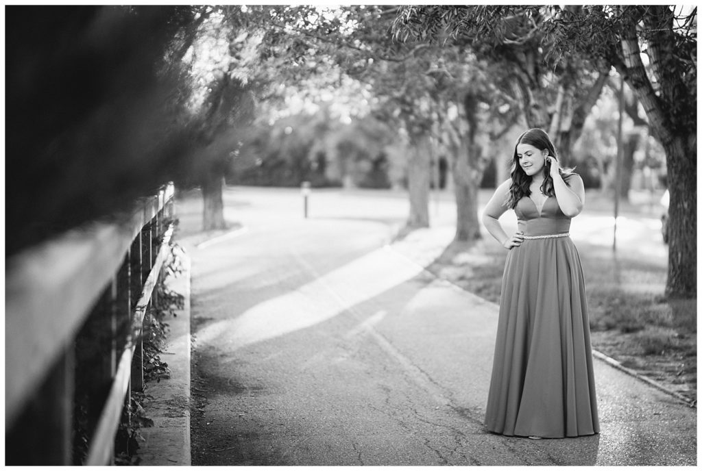 Regina Family Photographer - Georgia Graduation 2020 - Summer Graduation Session - Girl in park at sunset