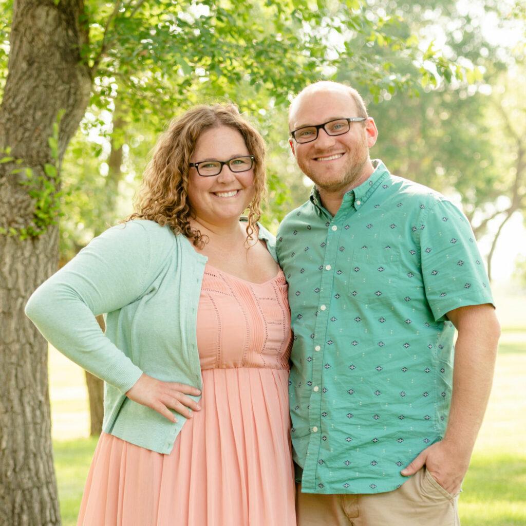 Cam & Courtney - Husband & Wife Wedding Photography Team in Regina, Saskatchewan