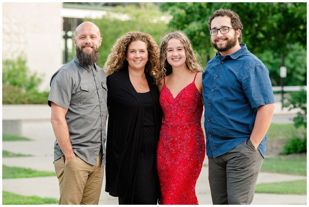 Cailey Baseden - Graduation 2021 - 04 - Baseden Family