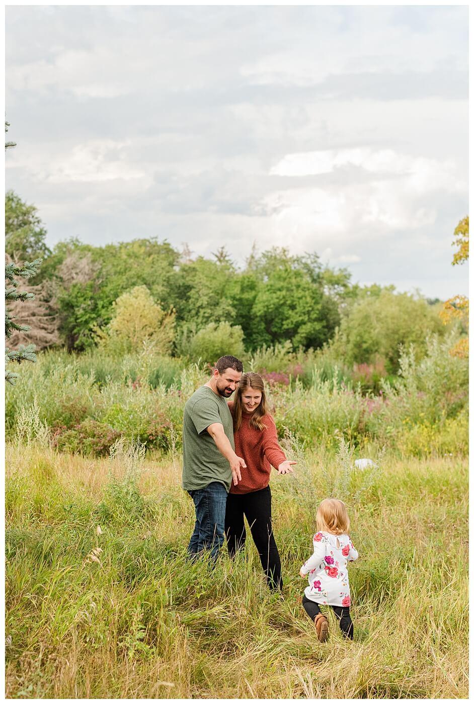 Eyre Family 2021 - AE Wilson Park - Family Photo Shoot - 16 - Little girl blazes a new trail